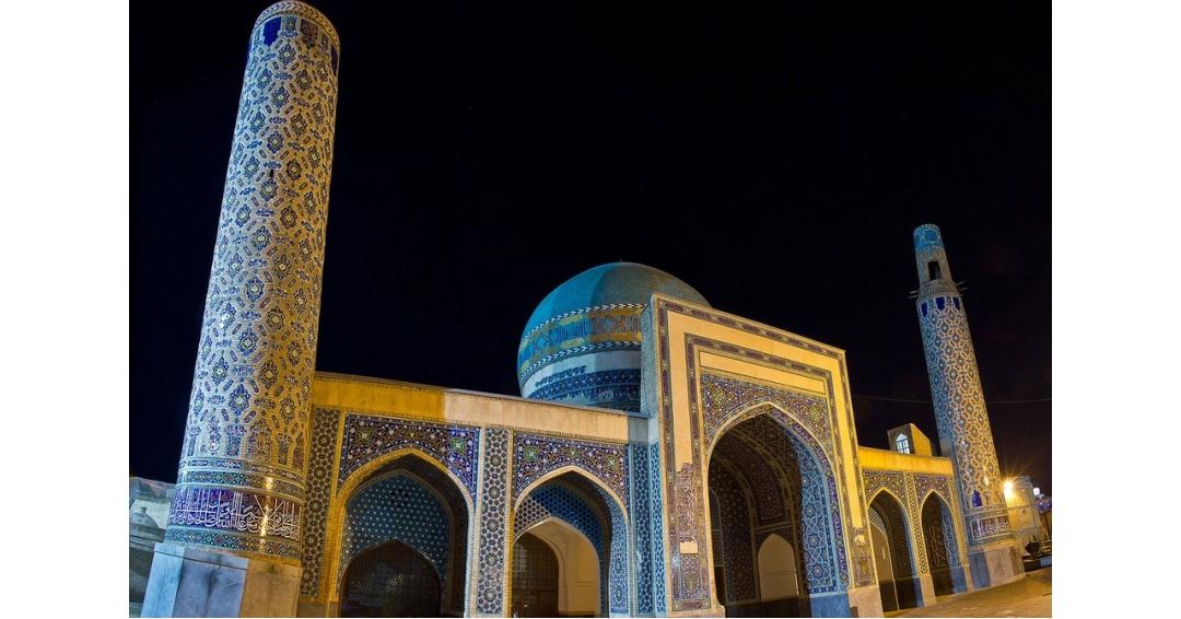 آرامگاه امیر غیاث الدین ملک شاه ( مسجد هفتاد و دو تن )